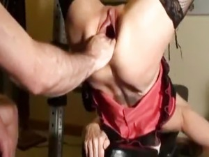 mature gaping pussy pics