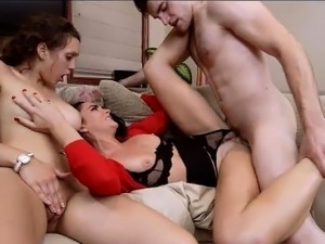 Stunning stepmom Bianca Breeze threesome with couple
