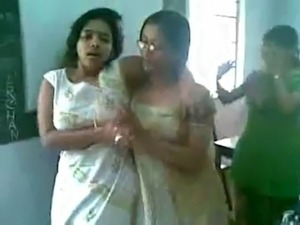 Hot indian lesbian video