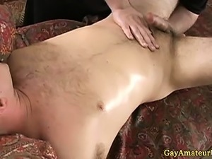 Straight amateur dude gets spoiled