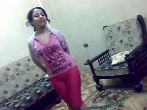 nude arabian girls pics