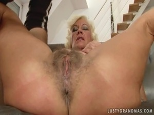 Granny anal galleries
