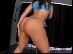 erotic nude dance video