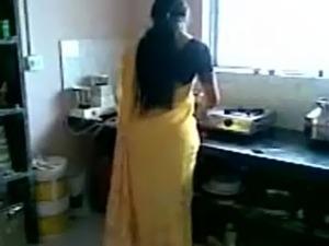 little girl sex in saree