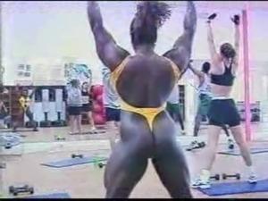 sexy girls oil wrestling