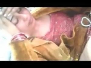 Paki girls showing boobs