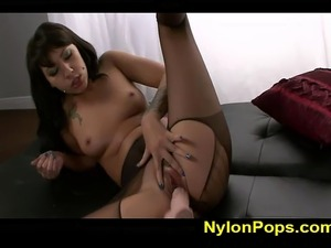 girls thigh high nylon sex