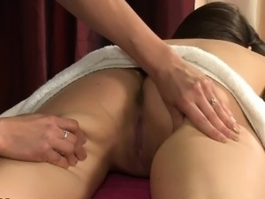 lesbian orgasm massage video free