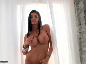 Big tits granny pics