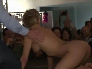 webcam girls strip