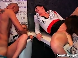 drunk girl and gallery