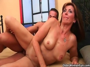 bald mommy pussy fuck