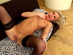 shaved pussy in nylons
