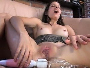 Czech beauty gaping her amazing pussy