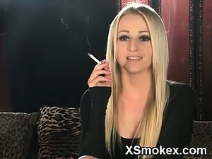 girl smoking cig with pussy