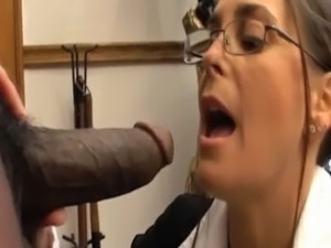 pussy eating black woman
