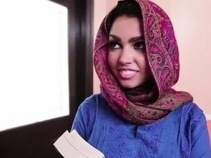 arabian girl big ass