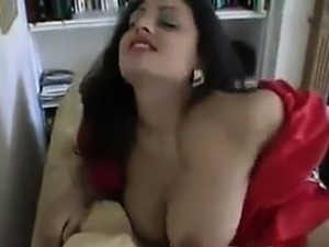 indian house wife looking for fuck