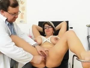 video-porno-s-zrelimi-smotret
