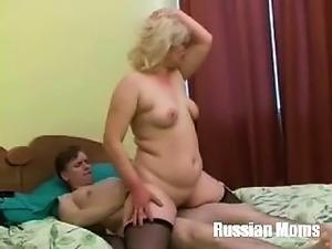 polnie-filmi-erotiki-smotret
