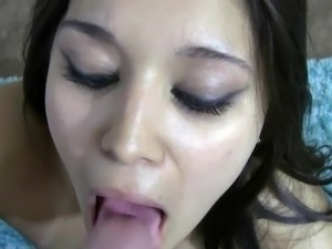 spanish girl singing about sex