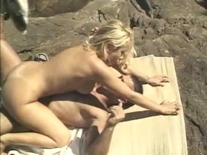 husband fucks wife outdoors erotic stories
