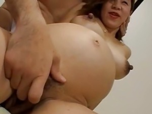 Pregnant nude pussy
