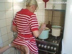 la petite kidkraft kitchen