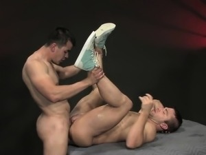 Enrique\'s heavy curved cock slides readily into JR\'s hole