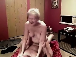 amateur strip poker video