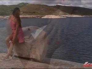 solo girls spread video