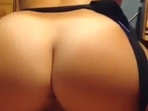 asian babe riding dick