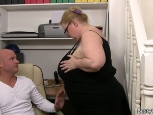 woman boss sex video