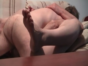 hairy pubic hair missionary fuck videos