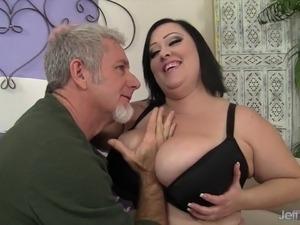 plumper ass anal