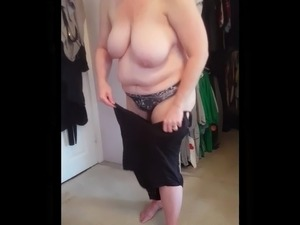 free video of squeezing ass