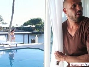Hot tempered dude enjoys spying sexy chick in bikini Gina Valentina