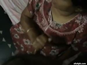 amateur indian housewife nude