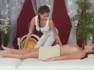 butt lesbian massage