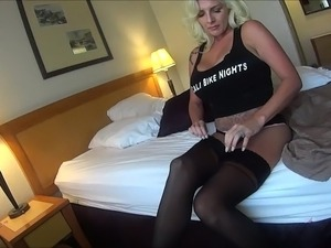 mature nylons wives
