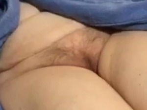 Thick ass shaking