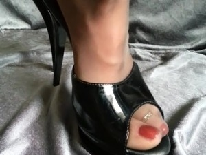 cock suck high heels video gallery