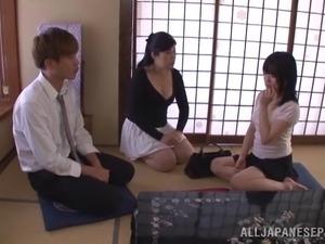 little asian girls peeing