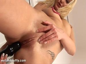 erotic camel toe sister videos