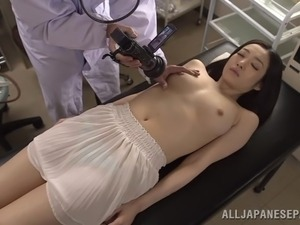 doctor look at my wife pussy