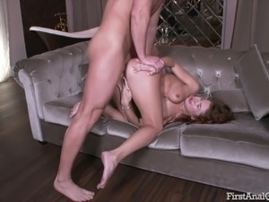 youne sexy babes first time