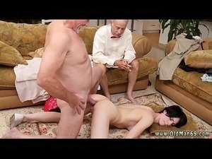 xxx young girls first time