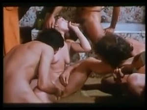 porn lesbian girls french kissing