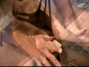 amateur wife rides the sybian