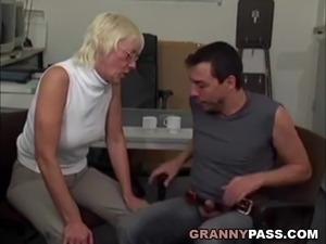 granny ass vids